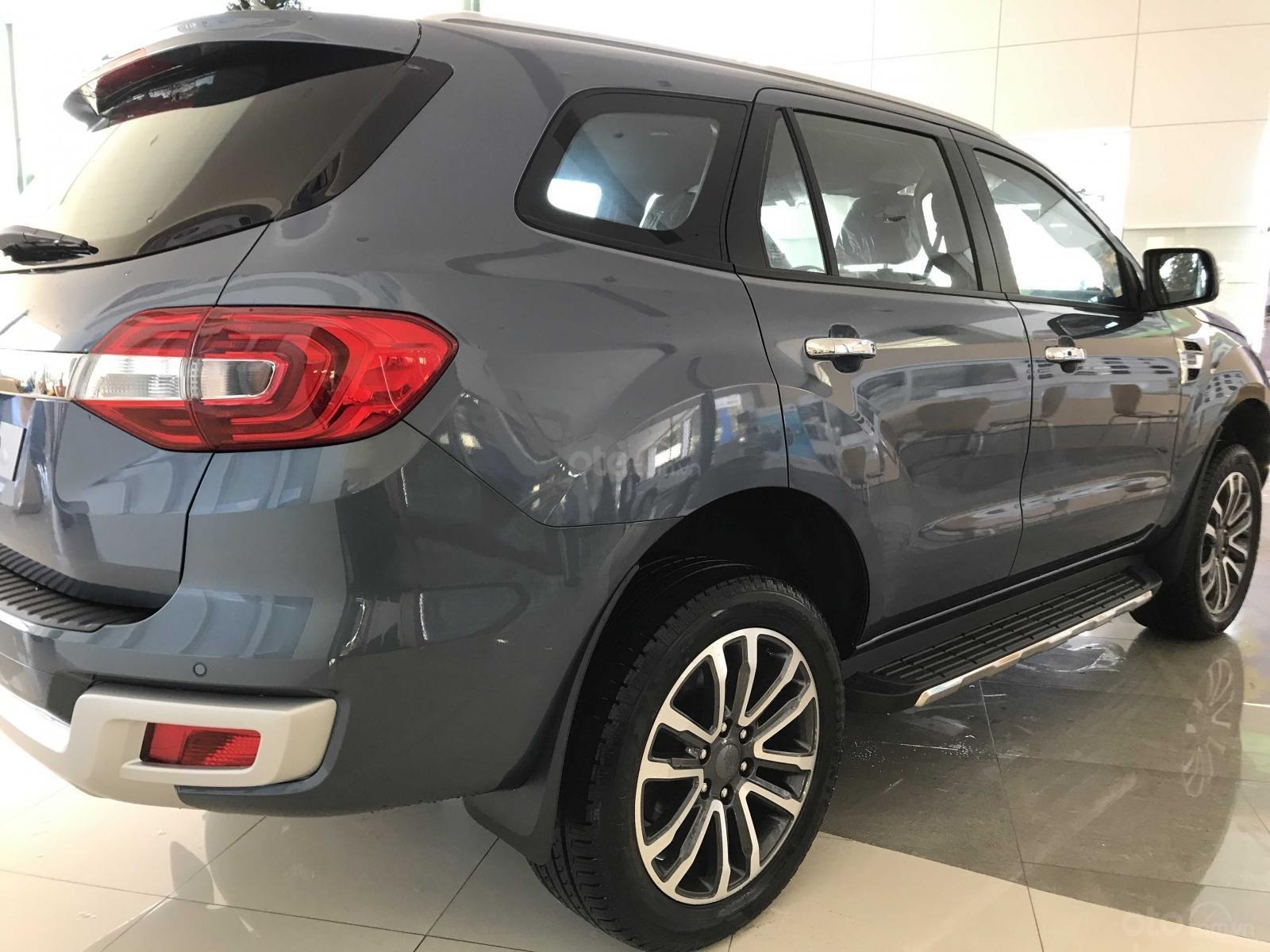 Ford Everest Titanium 2019 nhập khẩu giá tốt nhất (2)