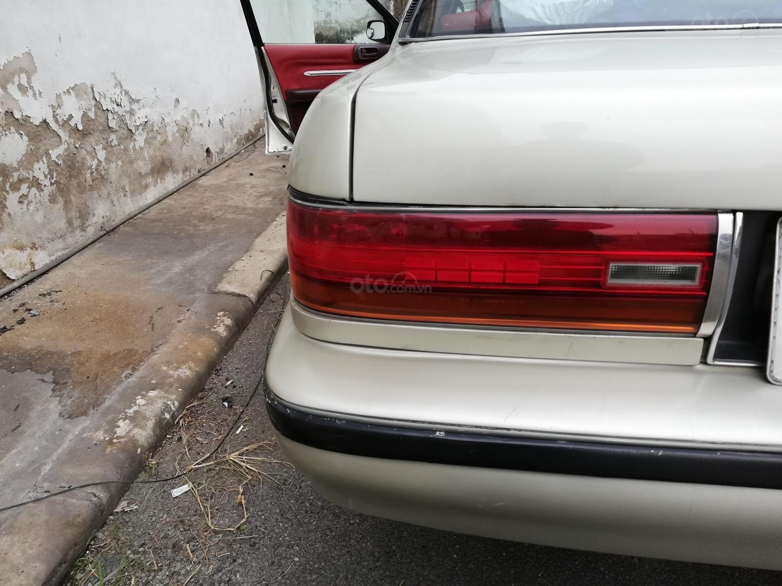 Cần bán Toyota Cressida đời 1994, màu xám (ghi), nhập khẩu giá cạnh tranh (8)
