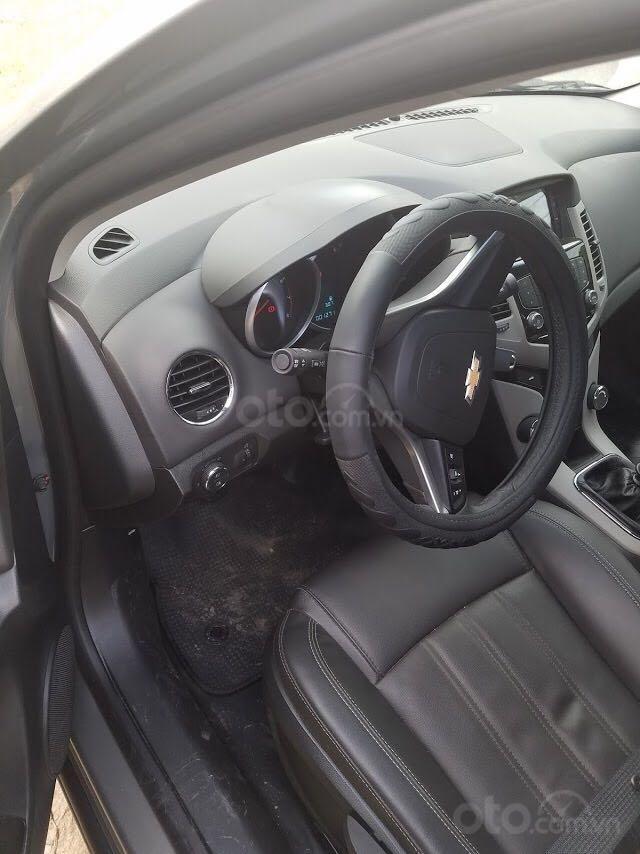 Bán Chevrolet Cruze đời 2018, xe tại ngân hàng (1)