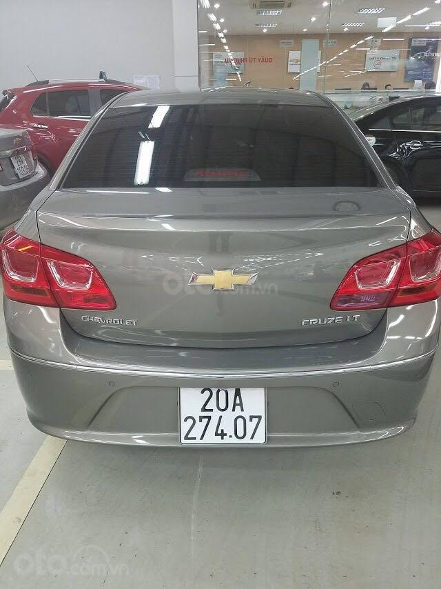 Bán Chevrolet Cruze đời 2018, xe tại ngân hàng (3)
