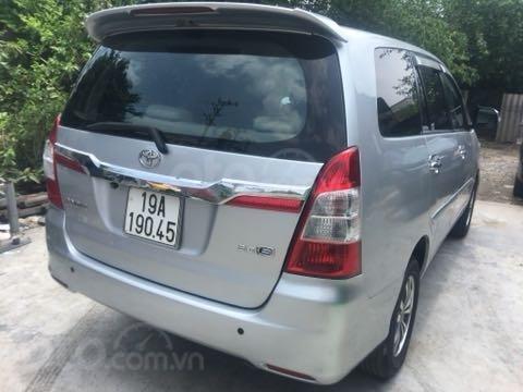 Bán ô tô Toyota Innova đăng ký lần đầu 2015, màu bạc mới 95% giá chỉ 485 triệu đồng (3)