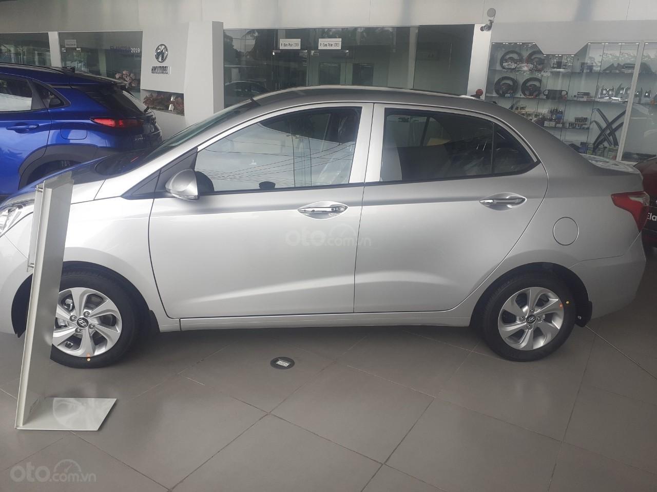 Bán xe Hyundai i10 MT full 2019 giá 360 triệu, cơ hội trúng 100 triệu khi mua xe, xe mới 100% (2)