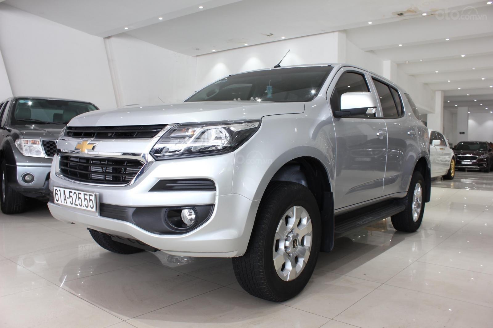 Cần bán xe Chevrolet TrailblazerLT 2.5AT 2018, máy dầu, xe nhập nguyên chiếc Thái Lan, giá thương lượng (2)