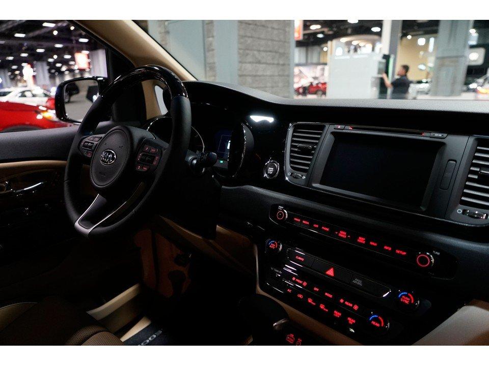 Tiện nghi trên xe ô tô Kia Sedona 2019