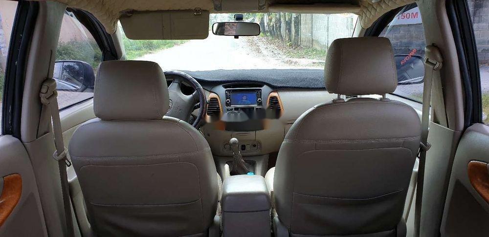 Bán xe Toyota Innova đời 2010, màu bạc chính chủ, giá chỉ 345 triệu, xe nguyên bản (7)