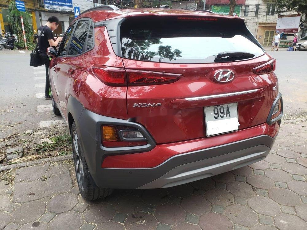 Cần bán Hyundai Kona 1.6 Turbo sản xuất 2018, màu đỏ còn mới (2)