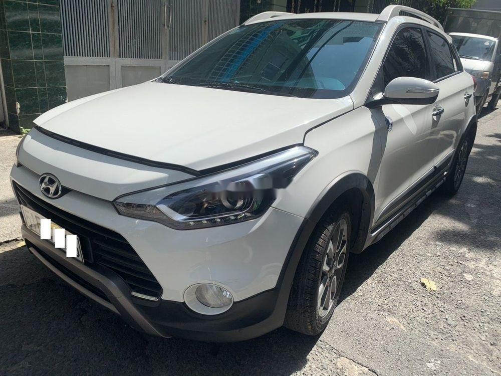 Bán xe Hyundai i20 2016, màu trắng, nhập khẩu (4)