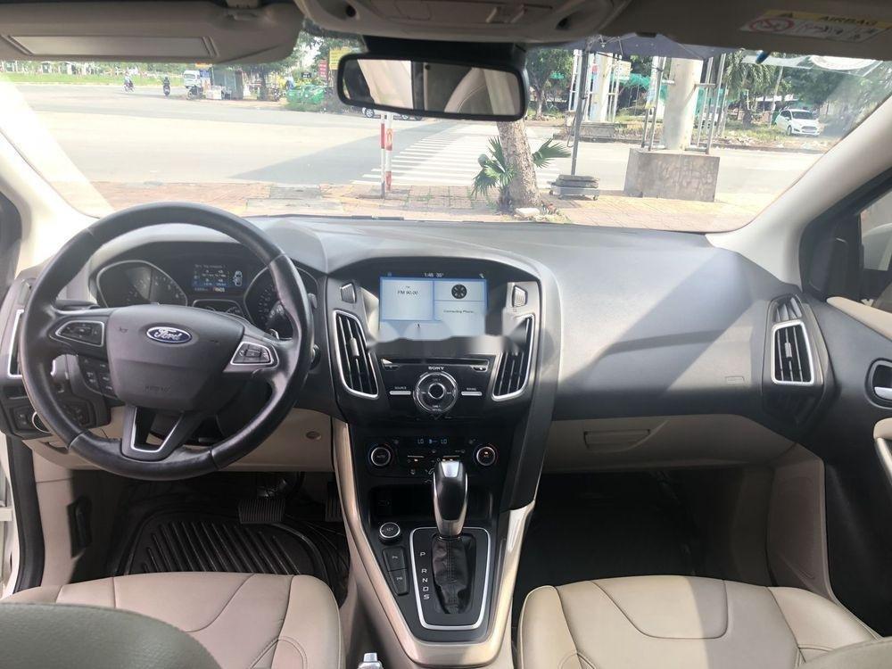 Bán xe Ford Focus AT đời 2018, màu trắng (10)