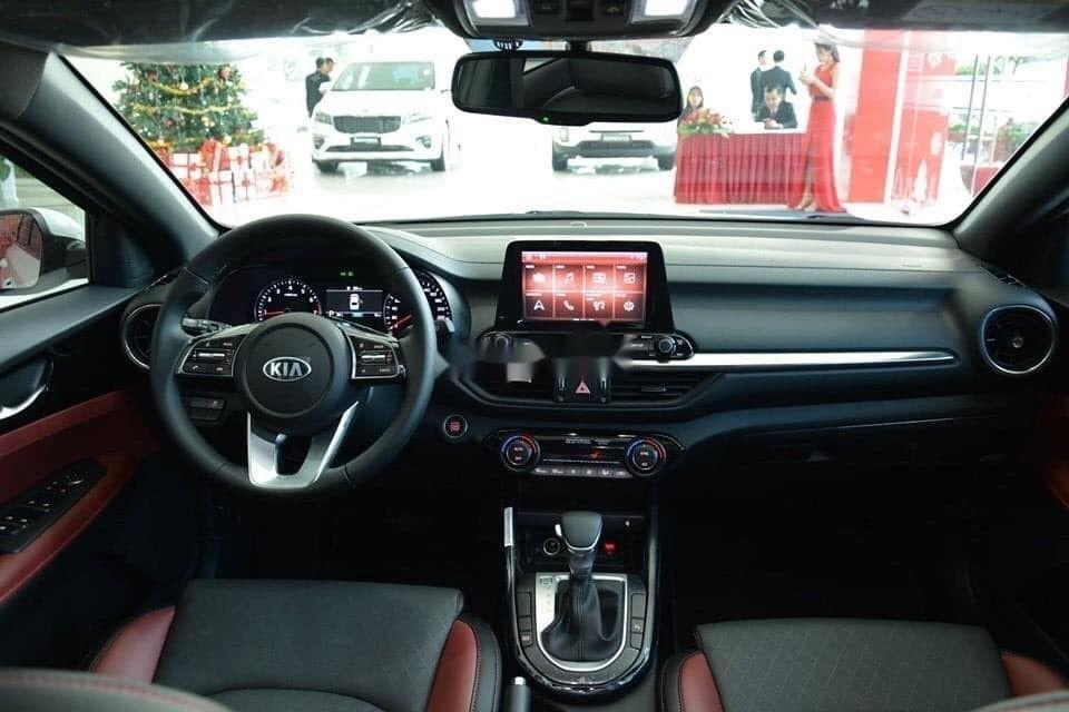 Bán Kia Cerato 2.0 AT Premium sản xuất 2019, hỗ trợ tốt (5)