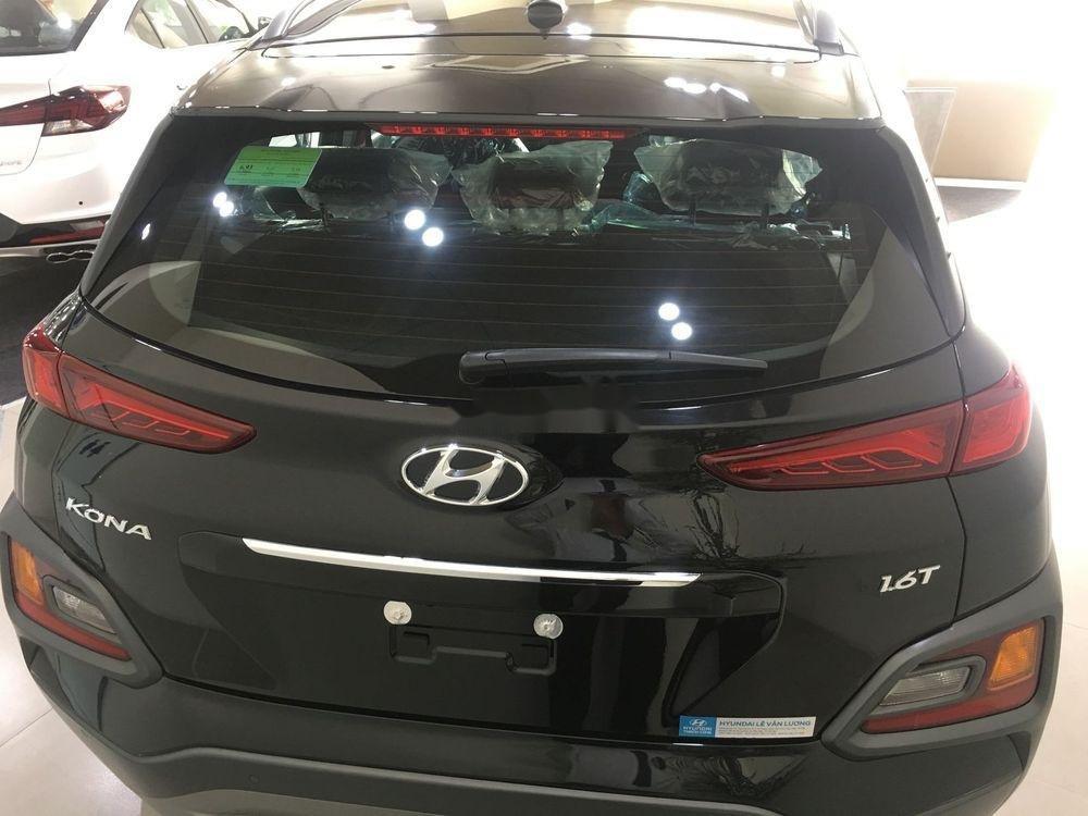 Cần bán xe Hyundai Kona sản xuất năm 2019, nội thất đẹp (4)