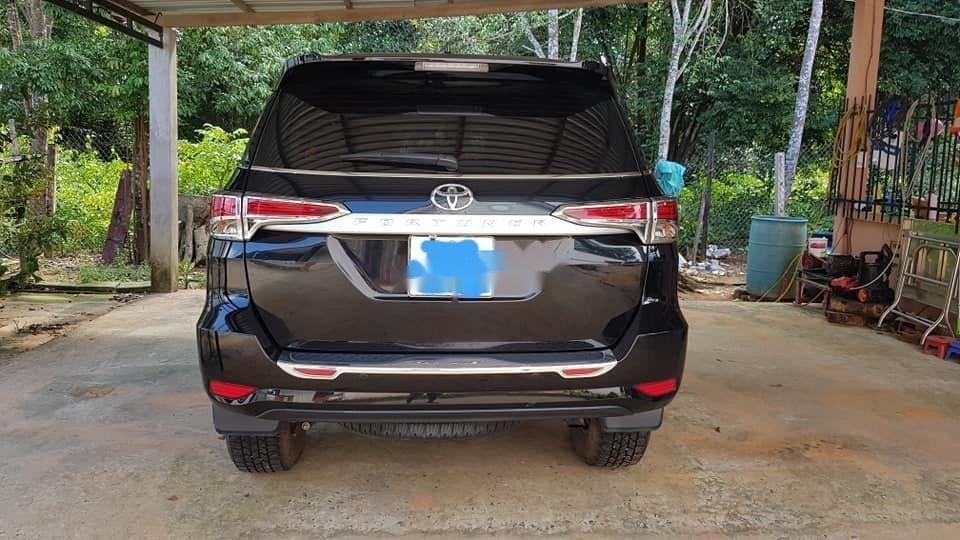 Cần bán xe Toyota Fortuner đời 2018, màu đen, nhập khẩu nguyên chiếc, giá chỉ 960 triệu (4)