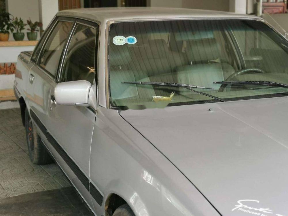 Cần bán Toyota Camry năm 1986, màu bạc, nhập khẩu (3)
