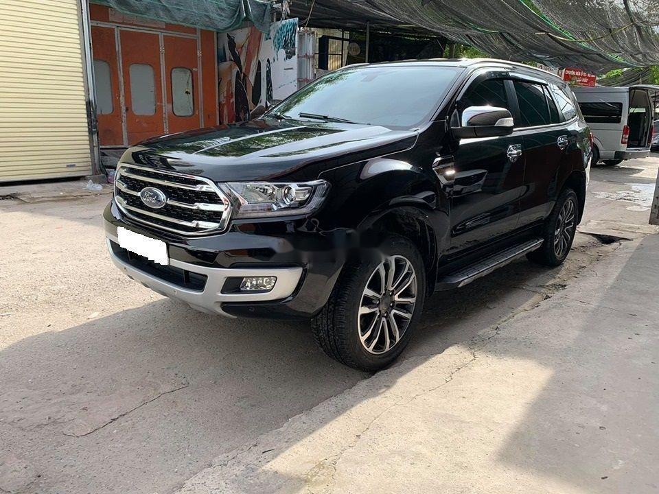 Cần bán lại xe Ford Everest Titanium 4x2AT đời 2018, màu đen, nhập khẩu số tự động (7)