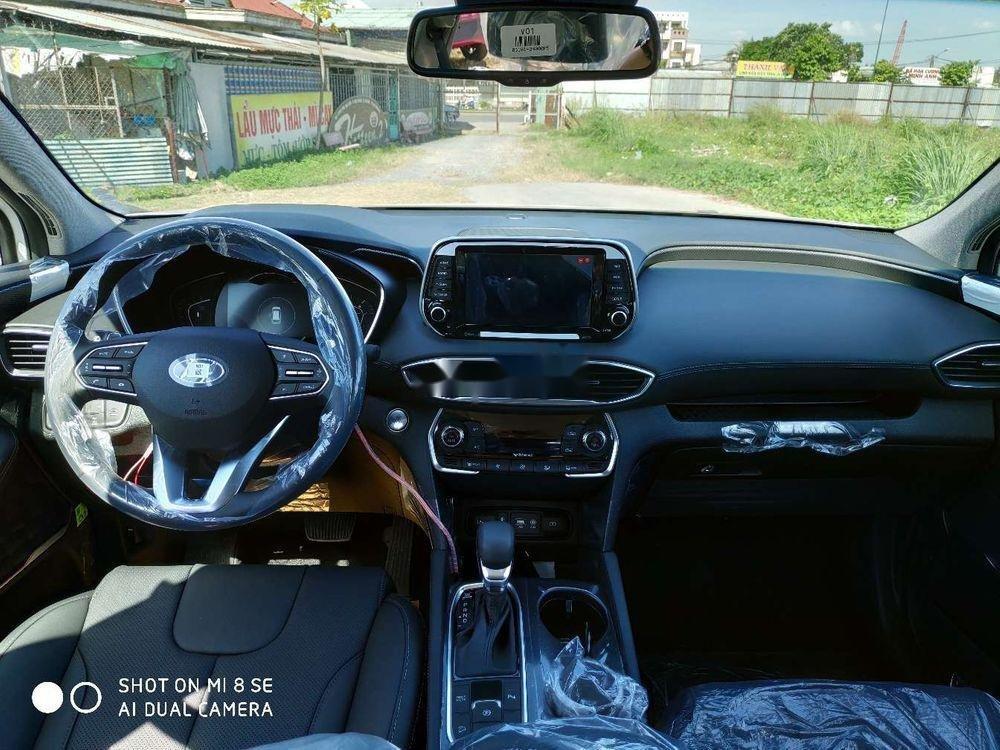 Cần bán xe Hyundai Santa Fe sản xuất năm 2019, màu trắng, giá tốt (3)