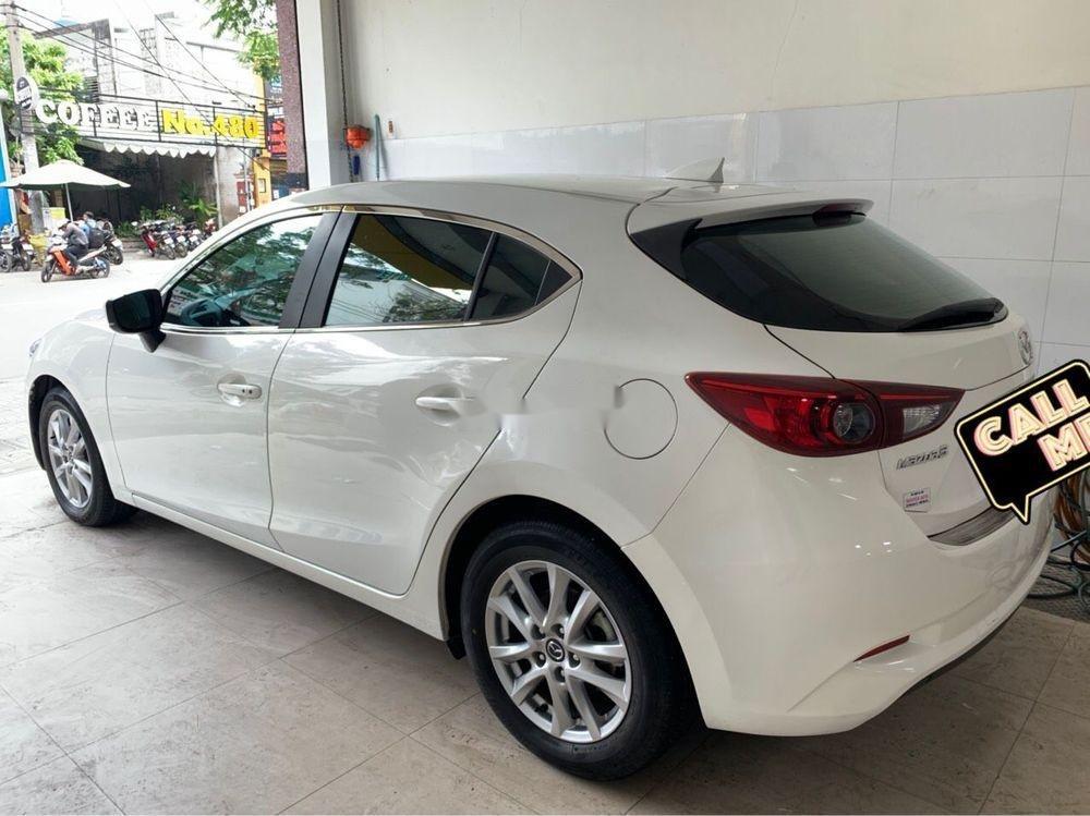 Bán xe Mazda 3 năm sản xuất 2017, màu trắng, xe đẹp (1)