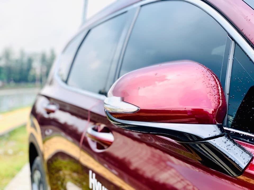 Cần bán Hyundai Santa Fe sản xuất 2019, hỗ trợ tốt (4)