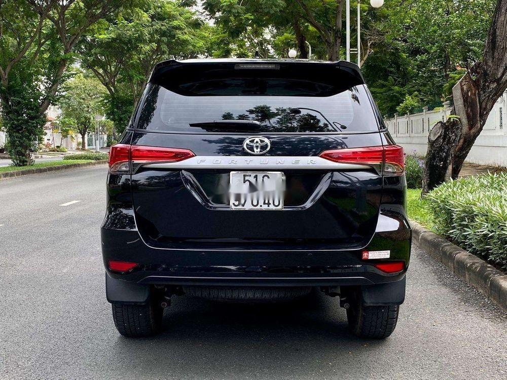 Cần bán xe Toyota Fortuner năm 2019, màu đen, xe nhập chính chủ (8)