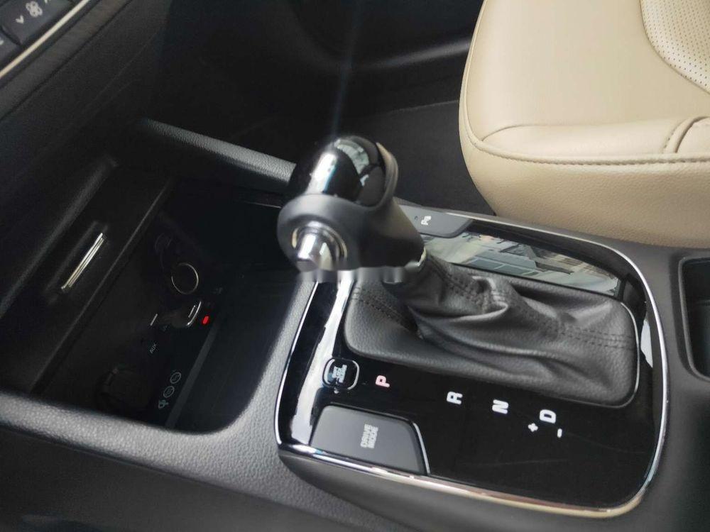 Cần bán xe Kia Cerato Signature 2.0AT đời 2017, giá tốt (8)