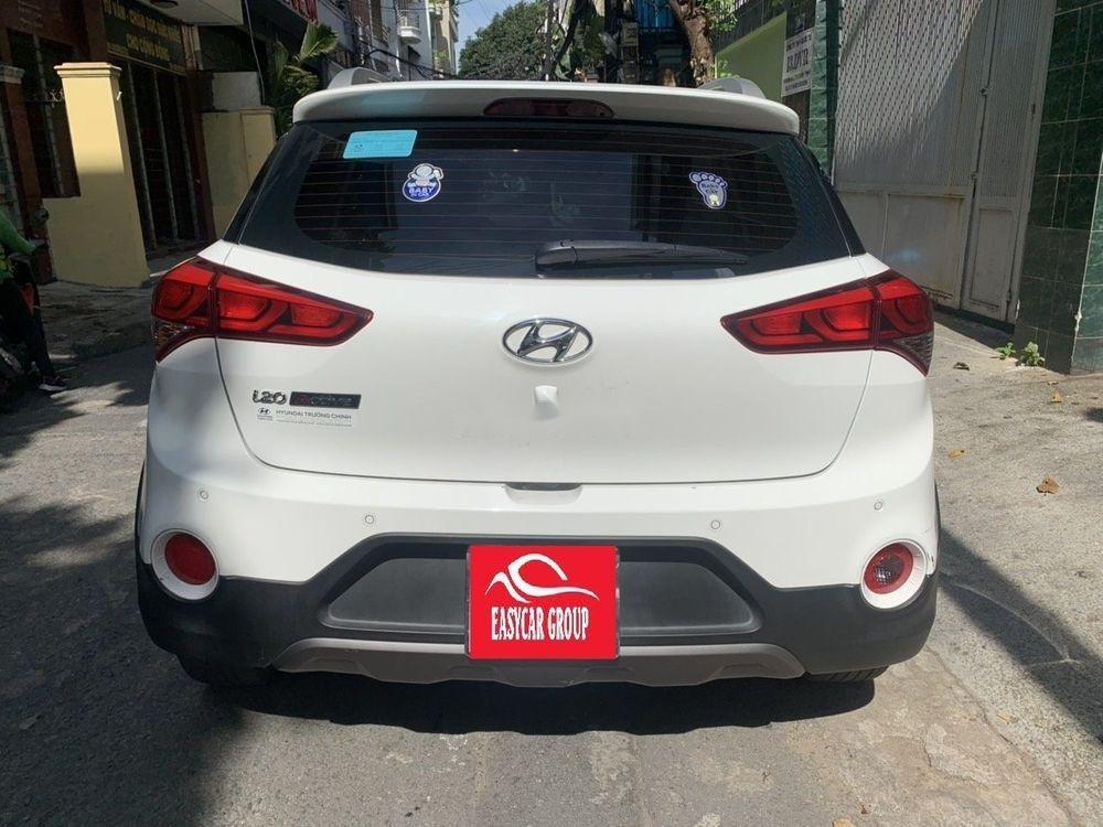 Bán xe Hyundai i20 2016, màu trắng, nhập khẩu (3)