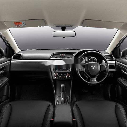 Bán xe Suzuki Ciaz sản xuất năm 2019, màu bạc, xe nhập (3)
