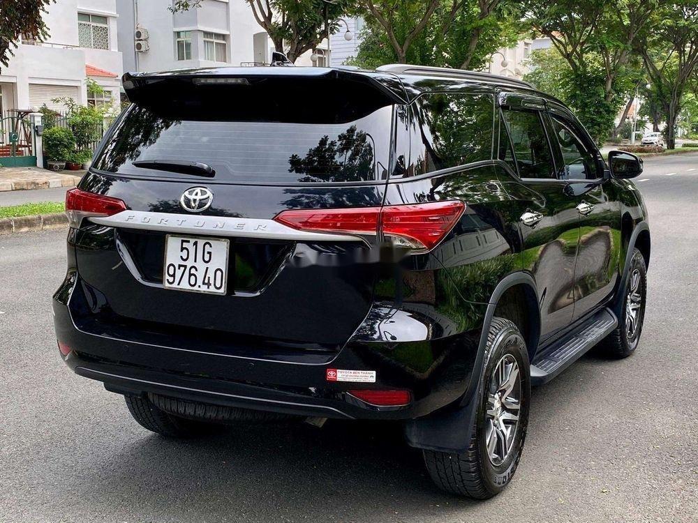 Cần bán xe Toyota Fortuner năm 2019, màu đen, xe nhập chính chủ (9)