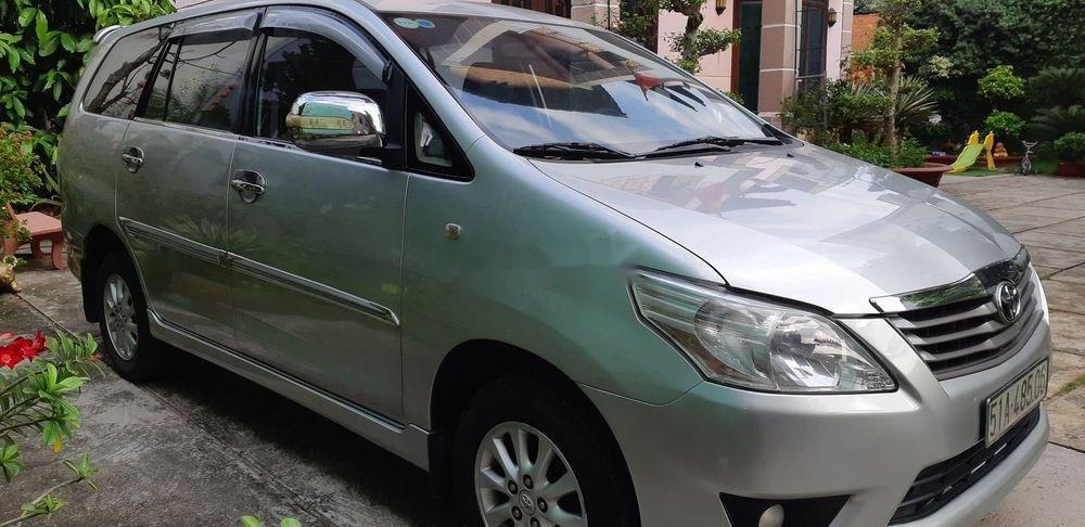 Bán Toyota Innova đời 2013, màu bạc, bstp (2)