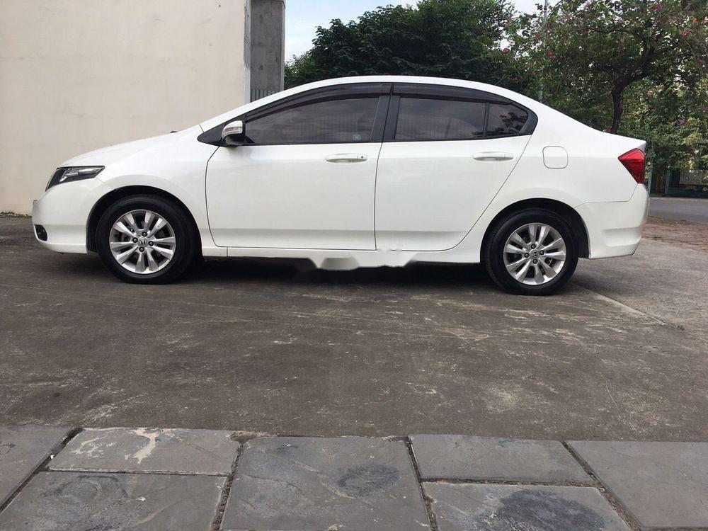 Cần bán Honda City AT đời 2014, màu trắng số tự động, giá chỉ 425 triệu (1)