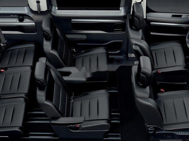 Cần bán Peugeot Traveller đời 2019 (3)