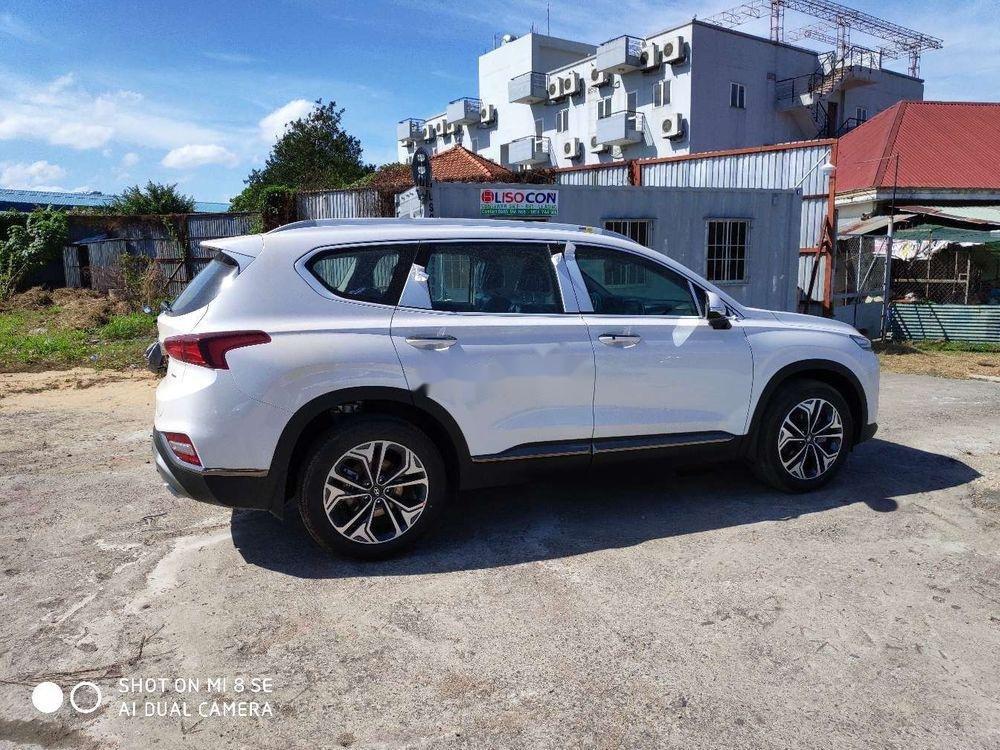 Cần bán xe Hyundai Santa Fe sản xuất năm 2019, màu trắng, giá tốt (1)
