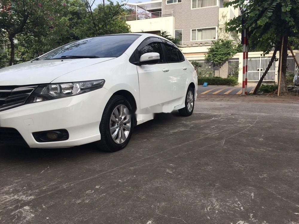 Cần bán Honda City AT đời 2014, màu trắng số tự động, giá chỉ 425 triệu (6)
