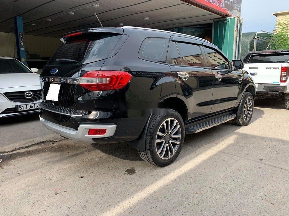 Cần bán lại xe Ford Everest Titanium 4x2AT đời 2018, màu đen, nhập khẩu số tự động (1)