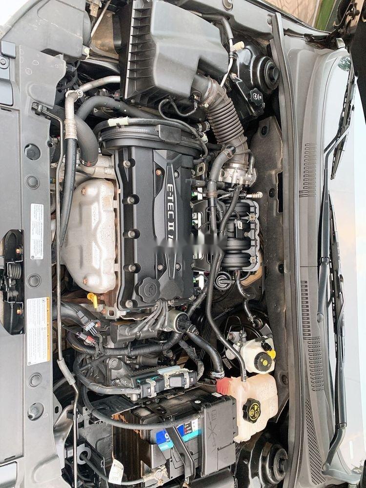 Bán Chevrolet Cruze LS 1.6MT đời 2014, màu đen chính chủ (6)