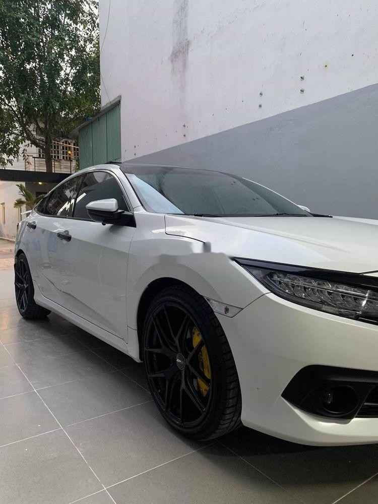 Bán ô tô Honda Civic 2018, xe nguyên bản (2)