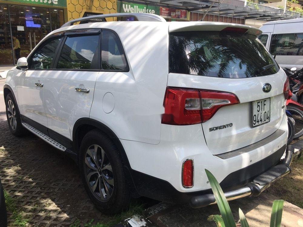 Cần bán Kia Sorento  2.2 bản DATH sản xuất 2016, màu trắng (7)