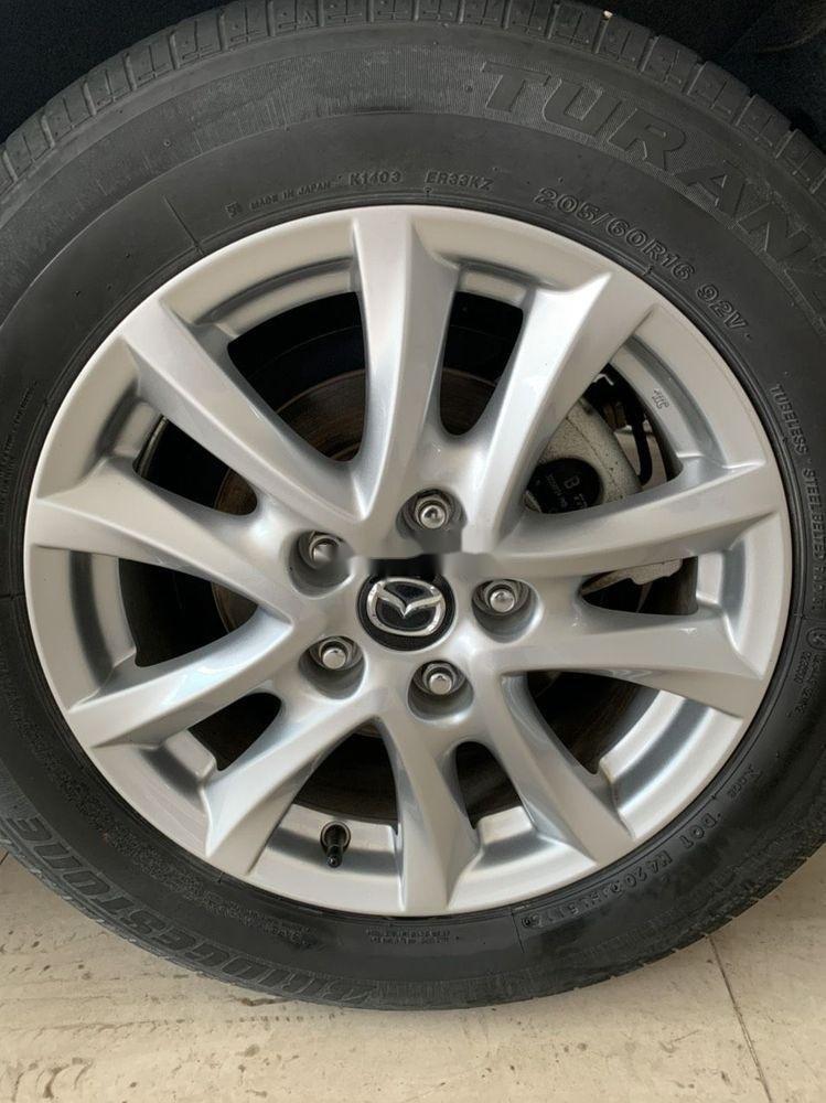 Bán xe Mazda 3 năm sản xuất 2017, màu trắng, xe đẹp (3)