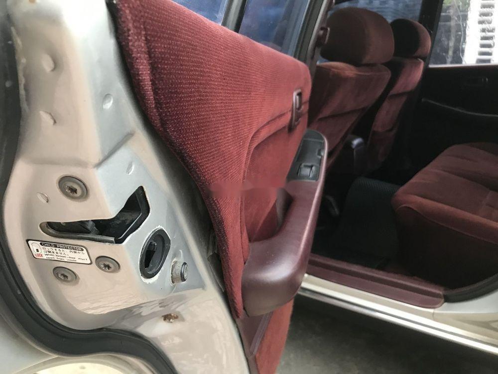Bán xe cũ Toyota Cressida đời 1996, màu bạc, xe nhập (6)