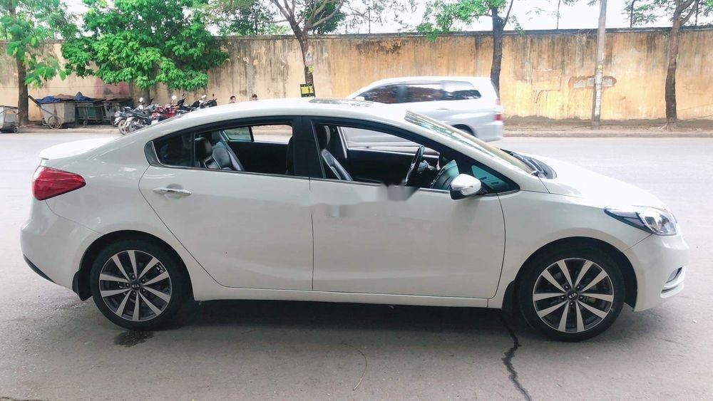 Cần bán gấp Kia K3 2014, màu trắng chính chủ, 465tr (4)