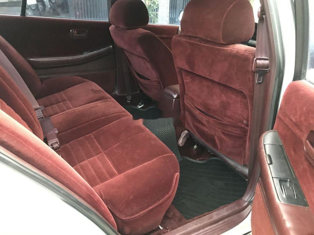 Bán xe cũ Toyota Cressida đời 1996, màu bạc, xe nhập (5)