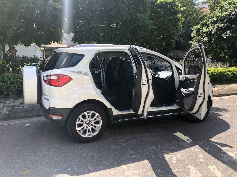 Bán Ford EcoSport Titanium 2017, màu trắng số tự động (7)