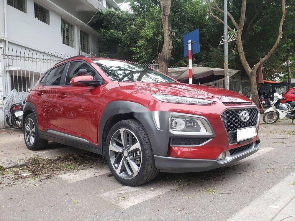 Cần bán Hyundai Kona 1.6 Turbo sản xuất 2018, màu đỏ còn mới (3)