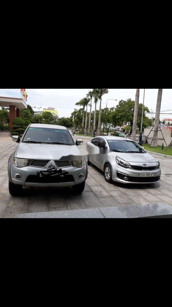 Bán Mitsubishi Triton đời 2011, màu bạc, nhập khẩu nguyên chiếc chính hãng (1)