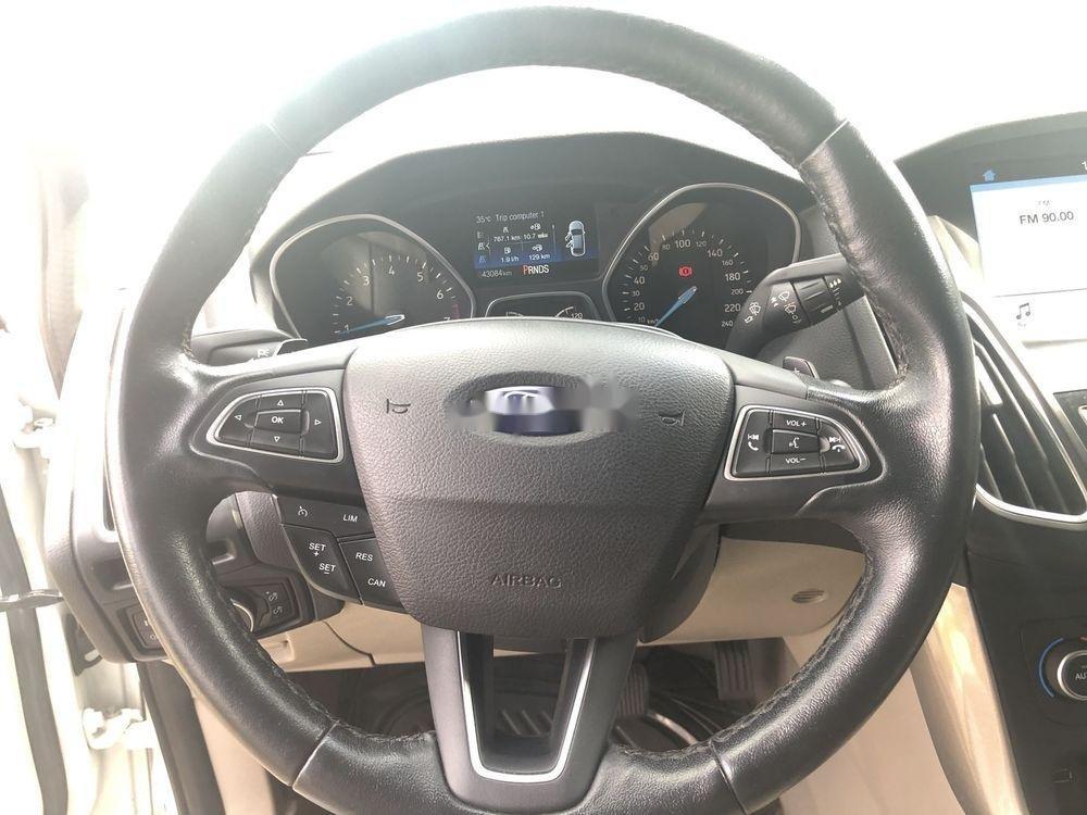 Bán xe Ford Focus AT đời 2018, màu trắng (11)