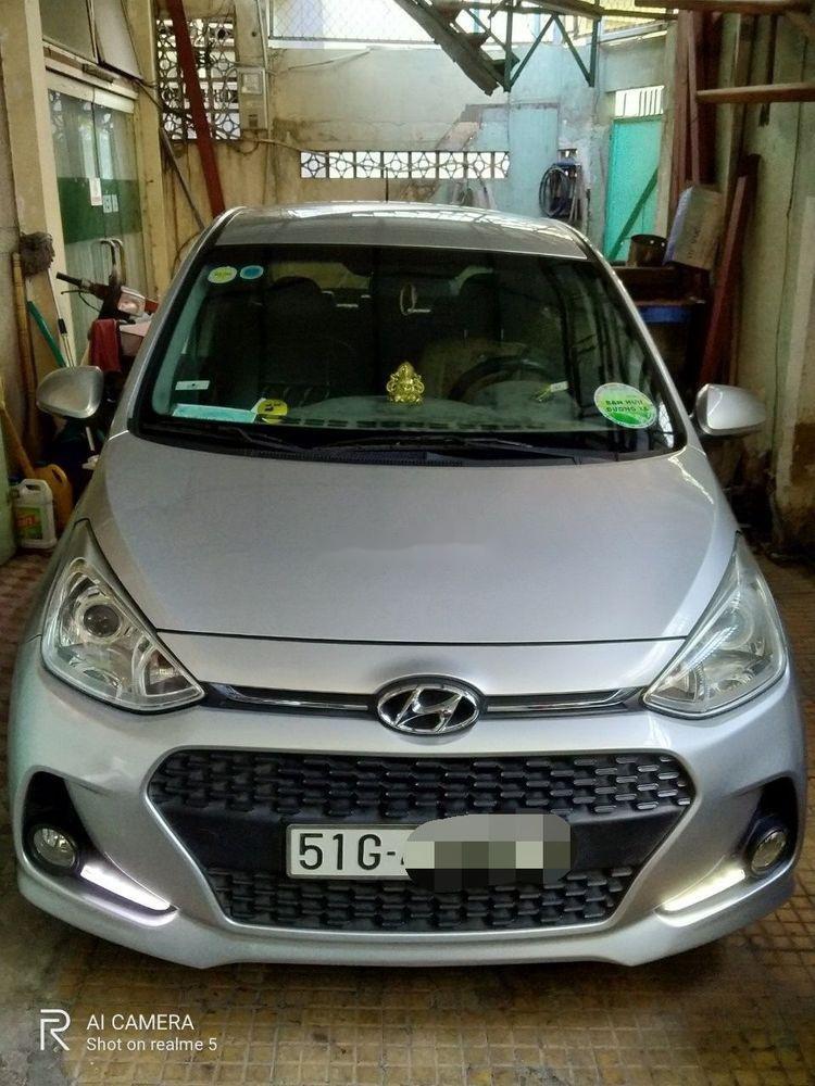 Bán Hyundai Grand i10 đời 2018, màu bạc, giá chỉ 370 triệu (1)