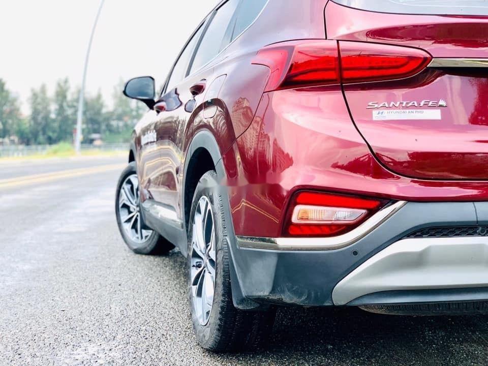 Cần bán Hyundai Santa Fe sản xuất 2019, hỗ trợ tốt (3)
