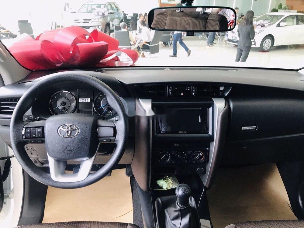 Cần bán xe Toyota Fortuner đời 2019, giá tốt (3)