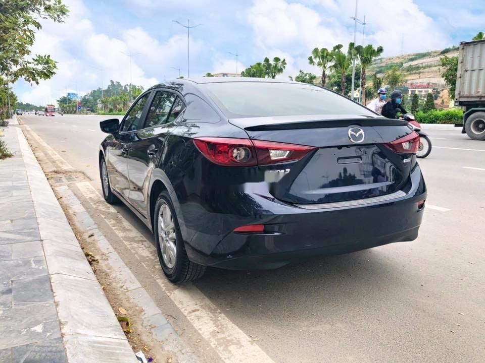 Chính chủ bán ô tô Mazda 3 năm 2018, màu xanh lam, xe nhập (2)