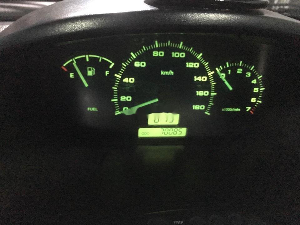 Cần bán gấp Chevrolet Spark năm sản xuất 2010 số sàn (6)