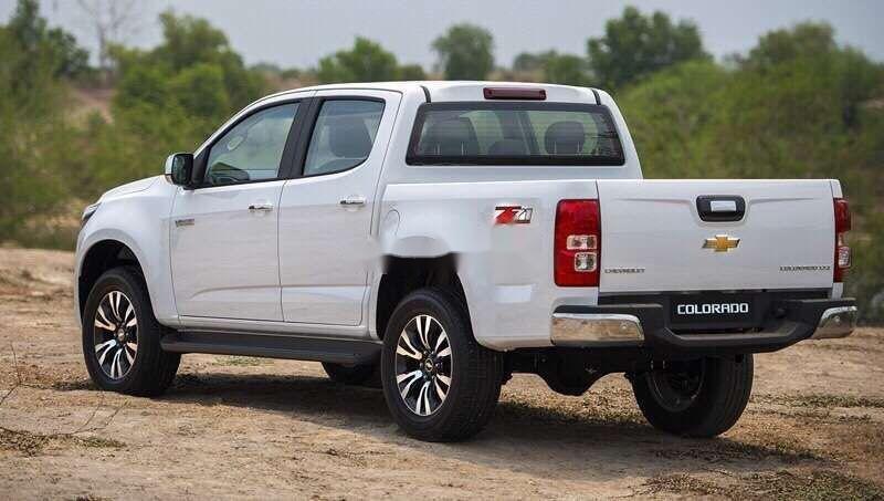 Bán xe Chevrolet Colorado sản xuất 2019, màu trắng, nhập khẩu nguyên chiếc  (4)