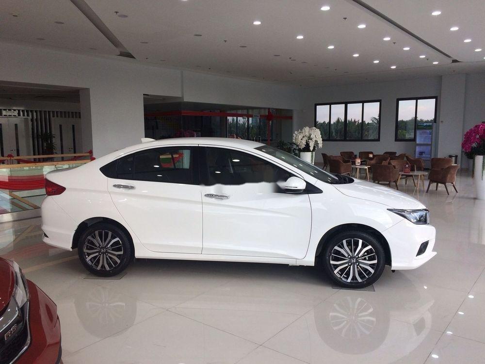 Cần bán xe Honda City sản xuất năm 2019, màu trắng (4)