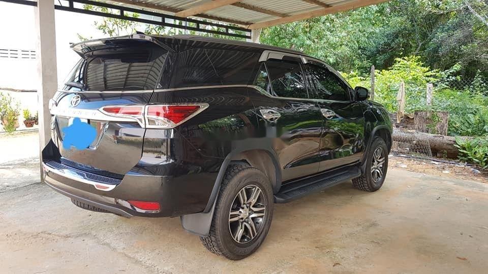 Cần bán xe Toyota Fortuner đời 2018, màu đen, nhập khẩu nguyên chiếc, giá chỉ 960 triệu (3)